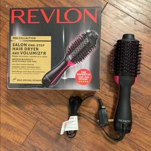 New Revlon One Step in box. Makes styling a breeze